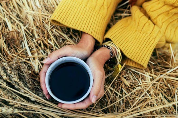 Para peneliti dari University of Southampton and University of Edinburgh, Inggris, menemukan bahwa minum kopi dapat menurunkan risiko terinfeksi dan mengalami kematian akibat penyakit hati kronis dibandingkan dengan mereka yang tidak minum kopi. Foto: Studio ME Fitness