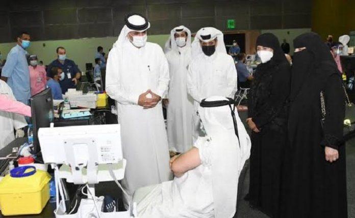 Vaksinasi Covid-19 sudah mencapai lebih dari 70 persen penduduk./foto: dohanews.co